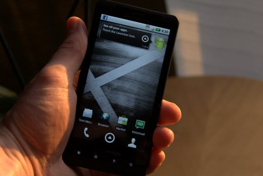 Motorola-DROID-X-hands-on