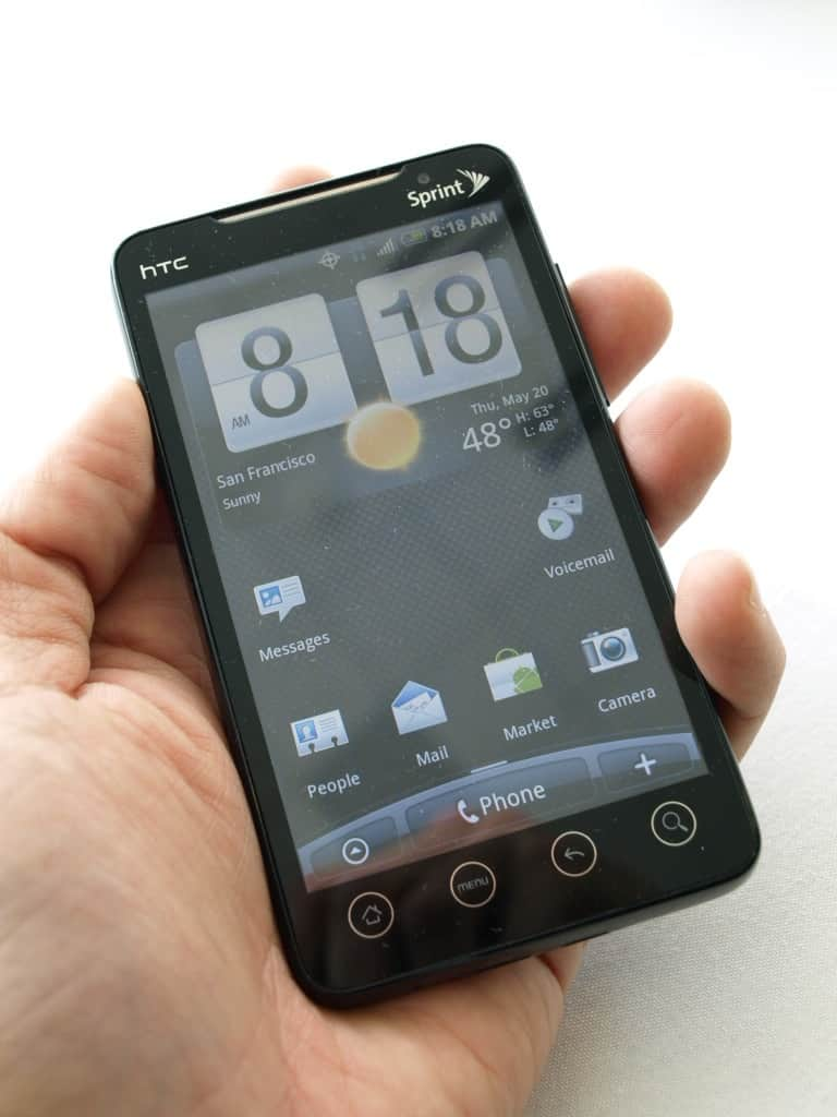 sprint-htc-evo-4g-unboxing-007
