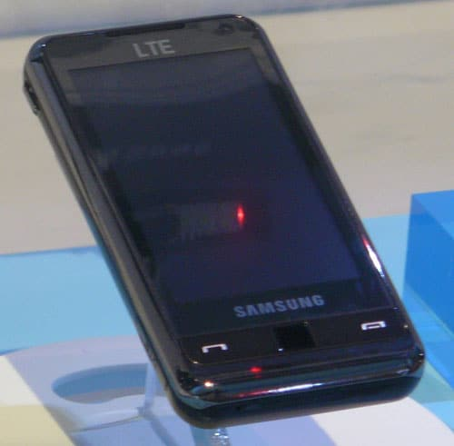 samsung_lte_smartphone