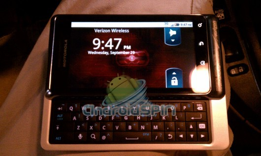 motorola_droid2_world_1
