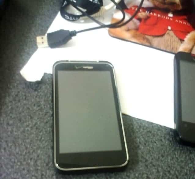 mobile01-846c2be227af5790791b6456a63e3865