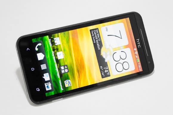 Featured: HTC EVO 4G LTE Cleared From Customs, Headed To Pre-Order Customers And Sprint Stores