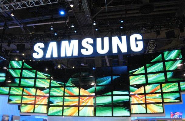 Samsung-event-display-booth-focus-S-ii-2-windows-phone-8