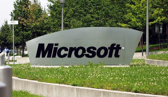 Featured: Microsoft Banked $800 Million In Android Royalties Just Last Quarter