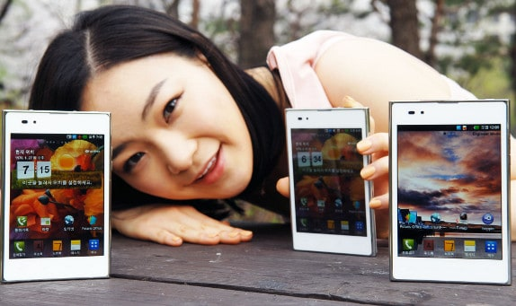 Featured: LG's Optimus Vu 2 With 4:3 Display Is Legit