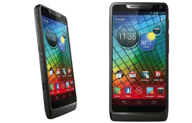 Featured: The Motorola RAZR i Lands In The UK On O2