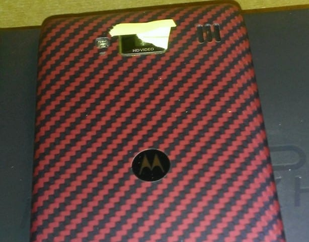 red-razr-maxx-hd1