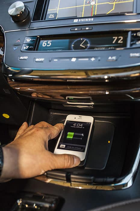 2013 Avalon Wireless Induction Charger