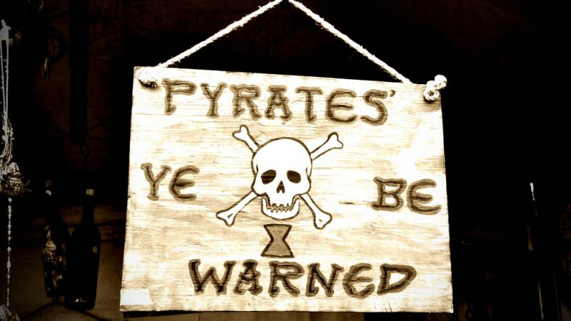 pirate-warning-800