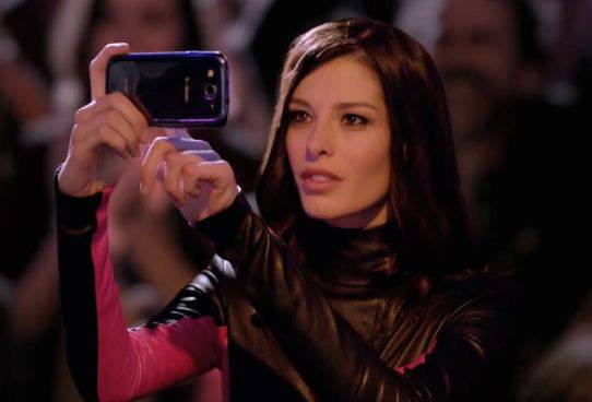 t-mobile-samsung-galaxy-s-iii-rooftop-commercial