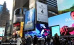 times square samsung galaxy s4 launch billboard 2 600x368