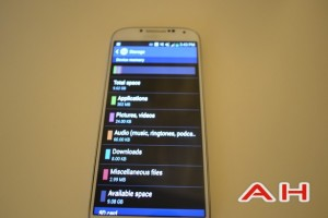 Galaxy S4 Update Adds Ability To Install Apps On SD Card, New Camera Firmware