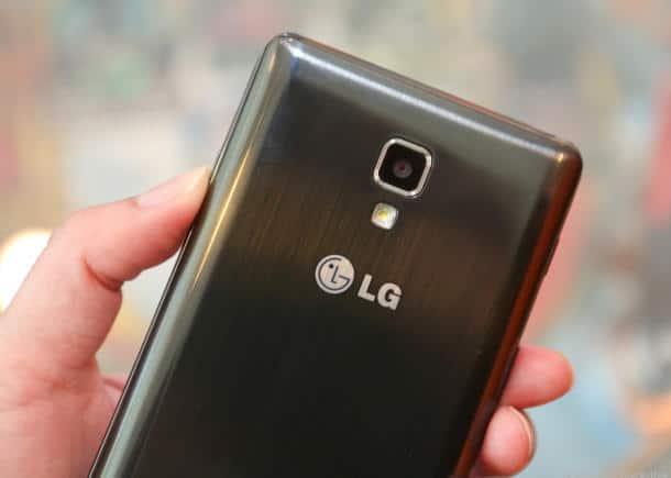 LG_Optimus_F7_35619098-9367_610x435