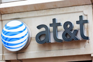 AT&T CEO Randall Stephenson Calls For an End to Big Phone Subsidies