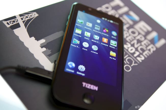 Samsung's Tizen reference device