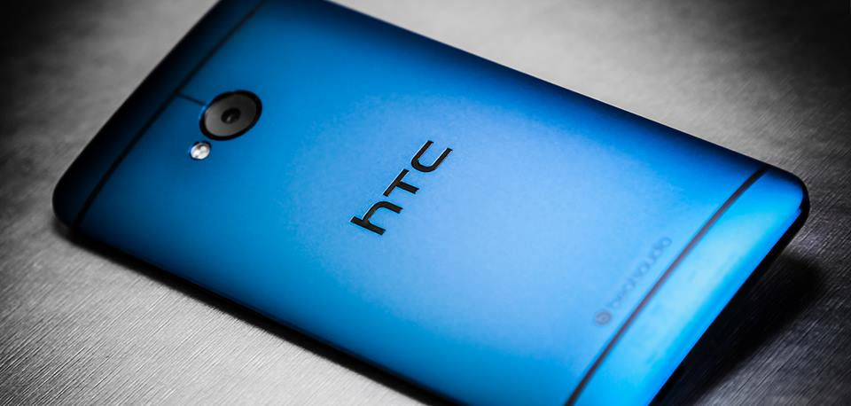 Blue HTC One 5