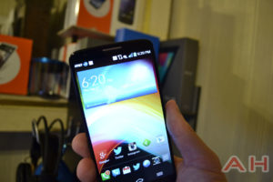 Android Phone Deals: Amazon Offering the Motorola DROID Mini, Moto X and LG G2 for Just a Penny