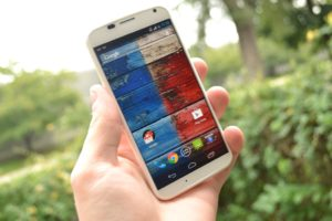 Featured Review: Moto X