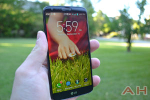 Featured Review: LG G2 – Putting the Volume and Power Buttons on the Back are the Most Genius yet Awkward Thing Ever!