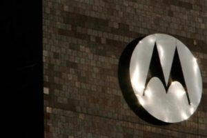 Motorola's First Phablet Due in Q3 2014?