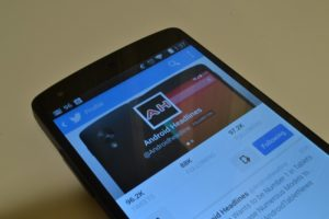 Twitter Announces Alpha Testing for their Fast Improving Android App