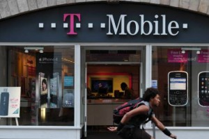 T-Mobile Ad Confirms Rumors, UNCarrier to Pay ETFs of Families Who Switch