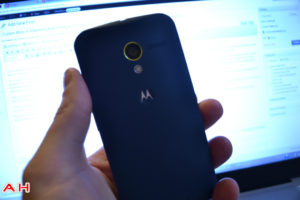 Motorola Boss Dennis Woodside Discusses Moto's Competitors, Takes a Shot at the iPhone
