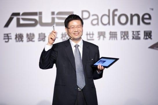 PR-ASUS-PadFone-TW-Launch-Jerry-Shen-545x363