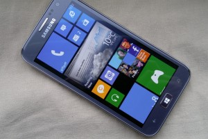 AH Tech Talk: Microsoft Supposedly Offered Samsung $1B to Produce More Windows Phone Devices