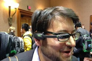 Google Glass' Competitor Vuzix M100 Smart Glass Go up for Pre-Order Starting at $1,000