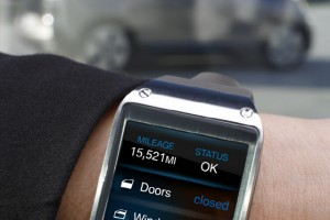 Samsung Shows Off the Galaxy Gear Talking to BMW's i3 Electric Car