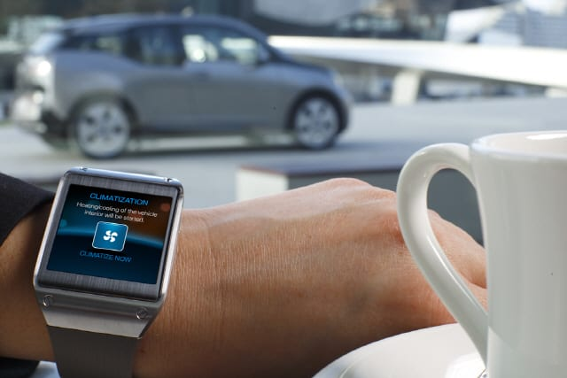 Galaxy-Gear-and-BMW-i3_3