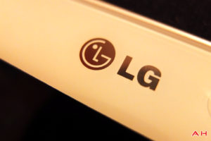 Featured: Top 10 Headphones for the LG G Pad 8.3