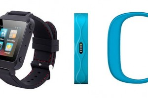 YiFang Digital Unveils New Smartwatch And Wristband Pedometer At CES