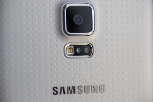 Samsung SM-GM906S Appears in GFXBench; Possible QHD Galaxy S5?