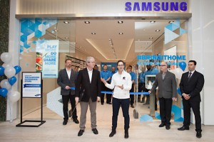 Samsung Expands Canadian Presence With Third Samsung Experience Store in West Edmonton Mall