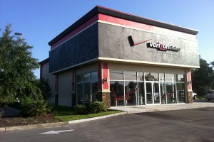 Verizon Brings Its Smart Store Concept to Wichita's NewMarket Square