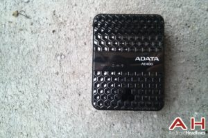 Feature Review: ADATA AE400 Wireless Storage Reader and Power Bank