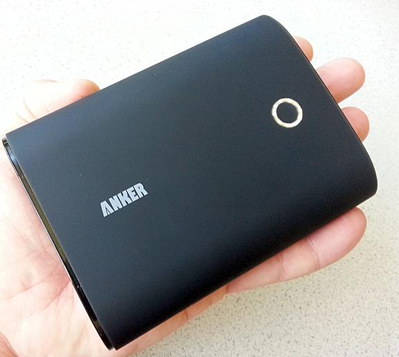 Anker-Astro3-Battery-Pack-05
