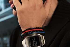 Samsung Galaxy Gear Lowered To $100 In Canada
