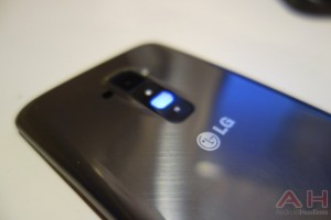 The AT&T LG G Flex Gets a taste of Kit Kat on April 17th
