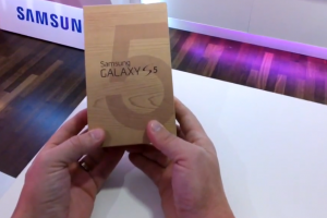T-Mobile Unboxes the Samsung Galaxy S5