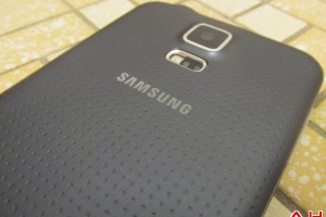 Deal: Samsung Galaxy S5 on Sprint and AT&T Available for $168 on a new Contract
