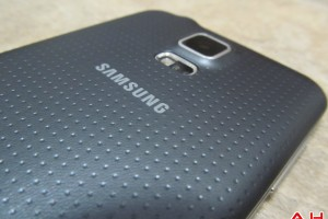 Samsung Expecting Galaxy S5 to Outsell Galaxy S4; to Launch Tizen Phone Q2 of This Year