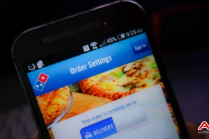 Pay for Dominos Pizza with Google Wallet, Get Free Chicken