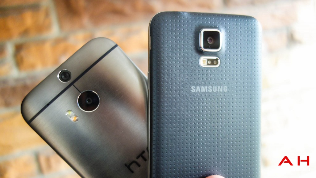Galaxy-S5-Vs-HTC-One-Camera-1