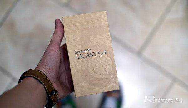 Galaxy-S5-box