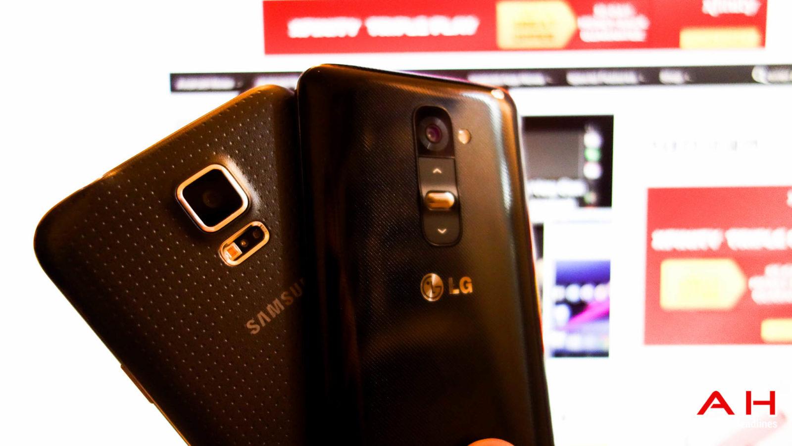 Samsung-Galaxy-S5-vs-LG-G2-AH-1