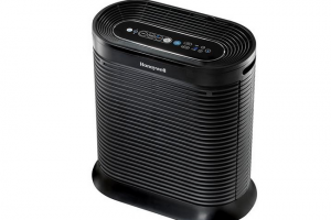 Honeywell Now Offers a Bluetooth Air Purifier that You Can Control from Your Smartphone