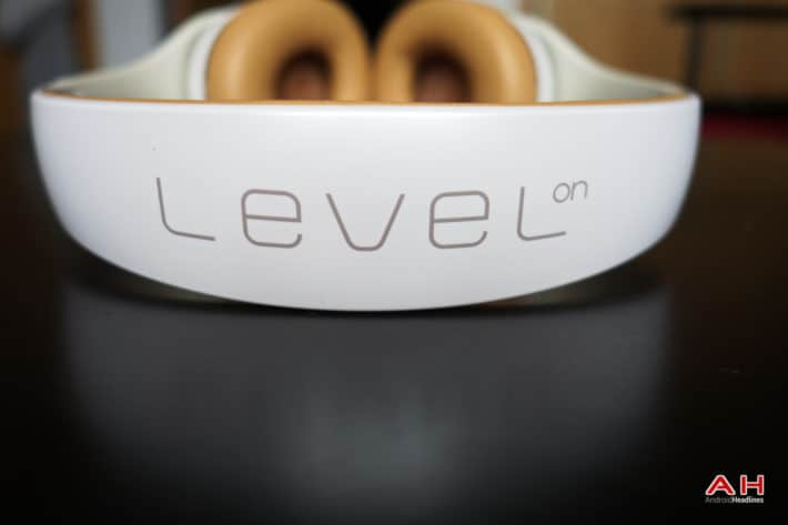 Unboxing The Samsung Level On Headphones